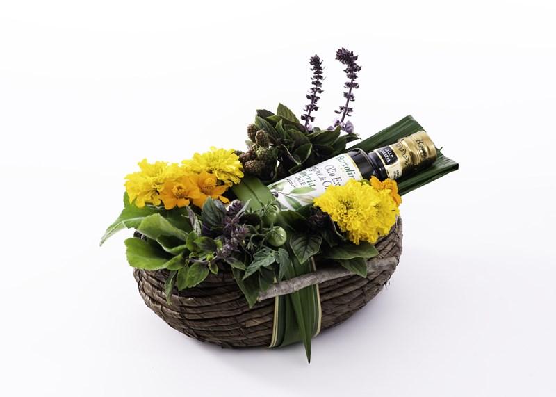 ギフトと花のアレンジメント