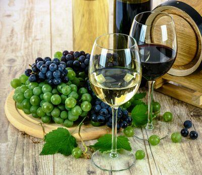 聖なる水、ワインイメージ